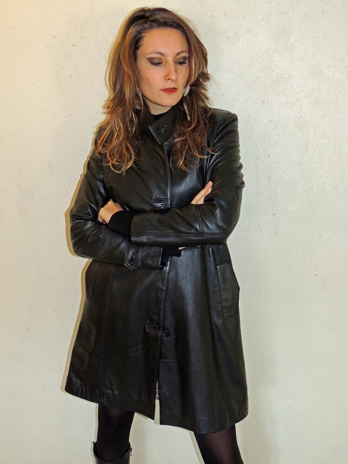 4242885d1c472e 3 4 en cuir noir style trench avec ceinture pour femme