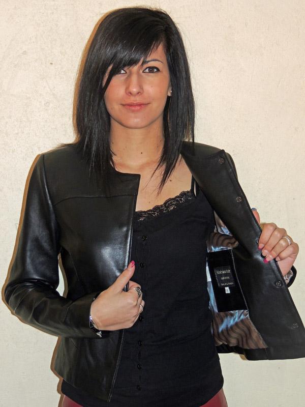 nouveaux articles trouver le prix le plus bas magasins d'usine Veste courte en cuir noir avec col rond pour femme