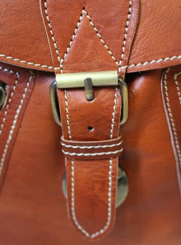 9b793534e7fb9 Sac à dos en cuir marron clair naturel - Itinérance Cuir - Vêtements ...