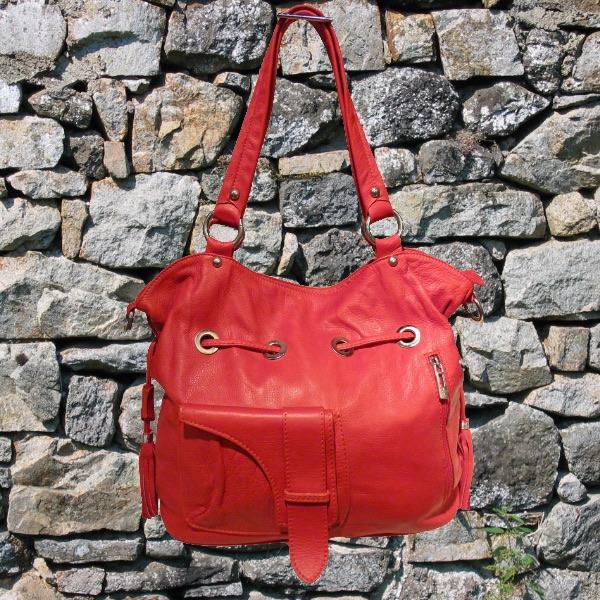 efe62b31d4 Sac-a-main-en-cuir-rouge-itinerance-cuir