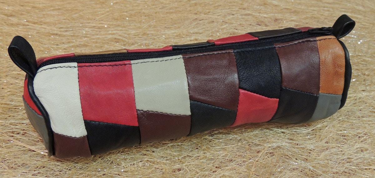 Trousse en cuir agneau multicolore - Itinérance Cuir - Vêtements ... e63196c3f2a