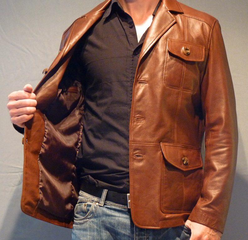 Veste en cuir marron clair pour femme