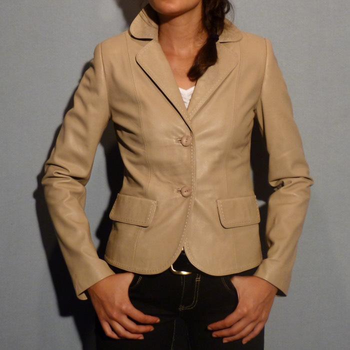 89b857d35757a Veste en cuir beige pour femme - Itinérance Cuir - Vêtements cuir en ...